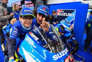 Team SUZUKI ECSTAR Full Gas Against Leukaemia