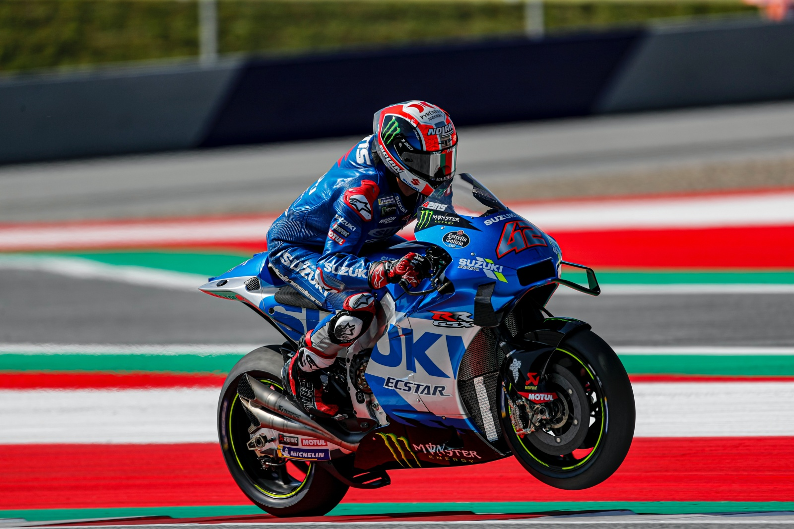 SUZUKI DEBUT DEVICE ON SATURDAY AND MIR TAKES SECOND ROW