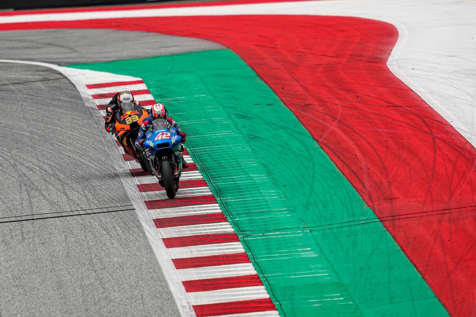 MEASURED 2ND PLACE FOR MIR IN DRAMA-FILLED STYRIAN GP